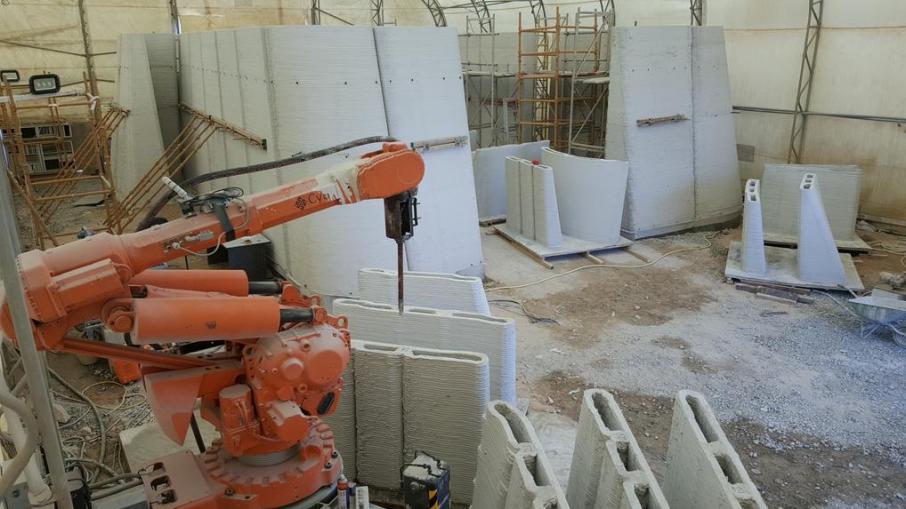Cybe Construction 3d Prints Concrete Drone Laboratory On