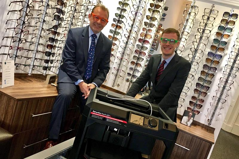 Ivory Solutions' Ian Ivory (left) and Peter Telfer business partner at Urquhart Opticians (right). Photo via Optician Online
