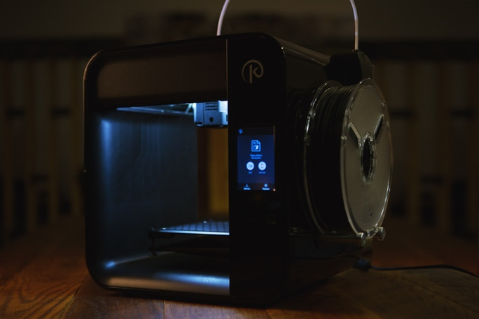 The $250 Obsidian Deluxe 3D printer. Image via Kodama.