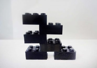3D printed lego blocks of varying degrees of quality. Image via Joshua Pearce.