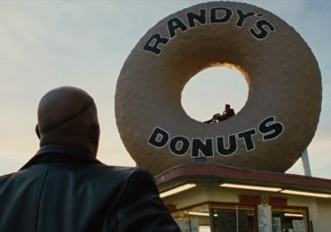 A previous encounter between a donut shaped object and Iron(man).