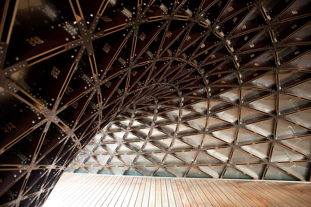 Example of a gridshell interior at the Singapore University of Technology and Design. Photo by Philipp Aldrup