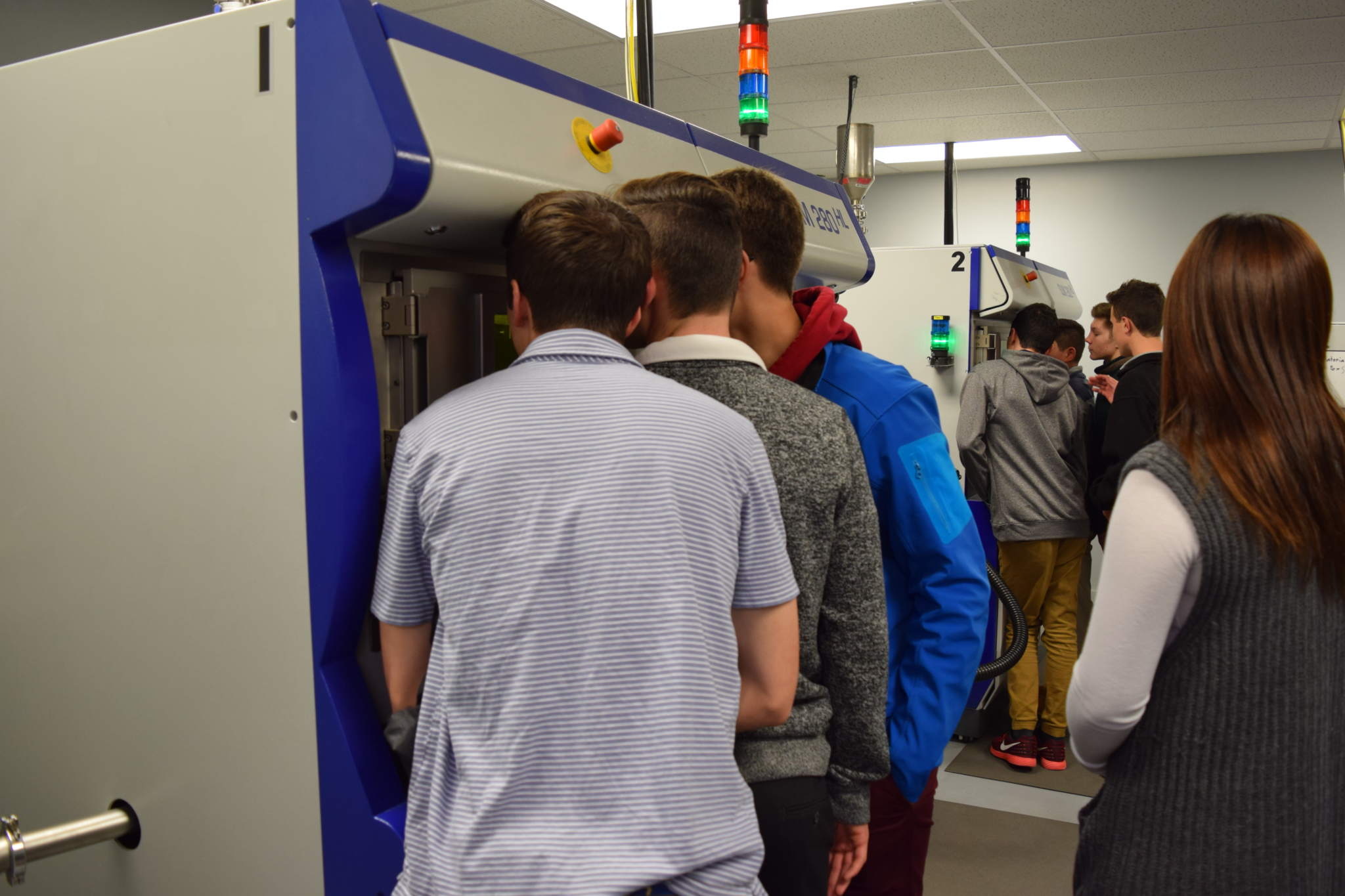 Students Captivated by Metal Additive Manufacturing, Photo via Imperial Machine and Tool Co.