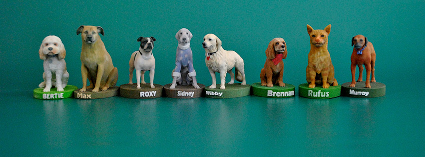 A selection of 3D printed dogs made by Arty Lobster.