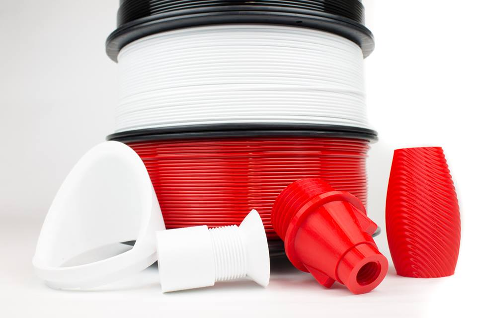 colorFabb offers a range of 3D printer filaments including PLA/PHA and PETG (picture above). Photo via colorFabb