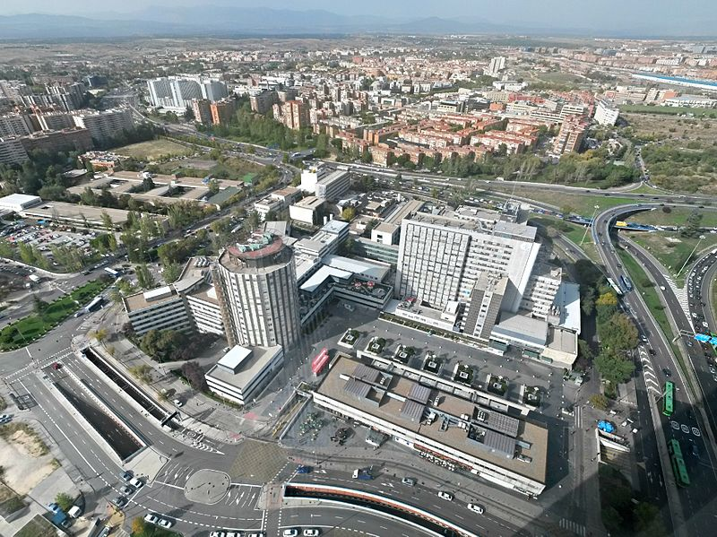 La Paz University Hospital, Madrid. Photo by Daniel Gonzalez Chana