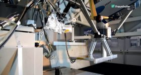 Demo of Fraunhofer IWU's ultrafast Screw Extrusion Additive Manufacturing (SEAM) FDM process. Image via Fraunhofer IWU on YouTube
