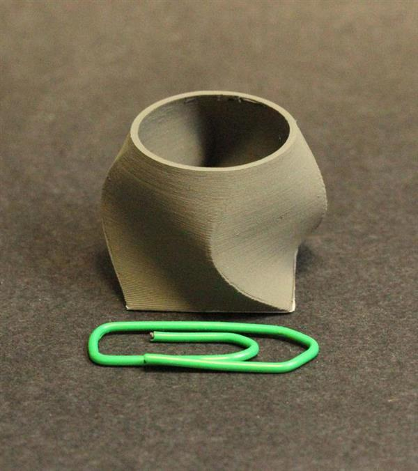 A 3D printed vase, made of 316L. Photo via Fraunhofer IFAM.