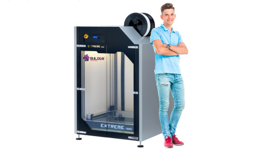 The Builder Extreme with human for comparison. Image via Builder 3D Printers.