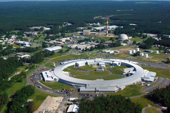 An aerial photo of the synchrotron. Photo via Brookhaven National Laboratory.