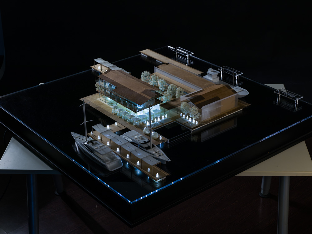 The finished model of Le Yacht Lodge measures 1100 x 1100 x 320 mm. Photo via DWS