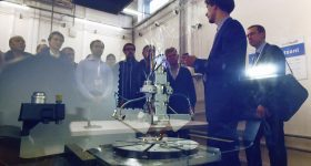 Visitors to Skoltech's AM Lab receive a demo of the Insstek MX 1000 system. Photo via Skoltech.