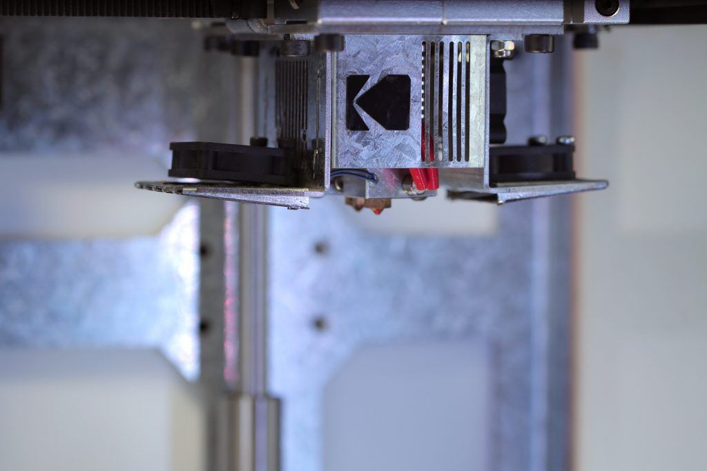 The KODAK Portrait 3D printer features dual extruders. Photo via Kodak.