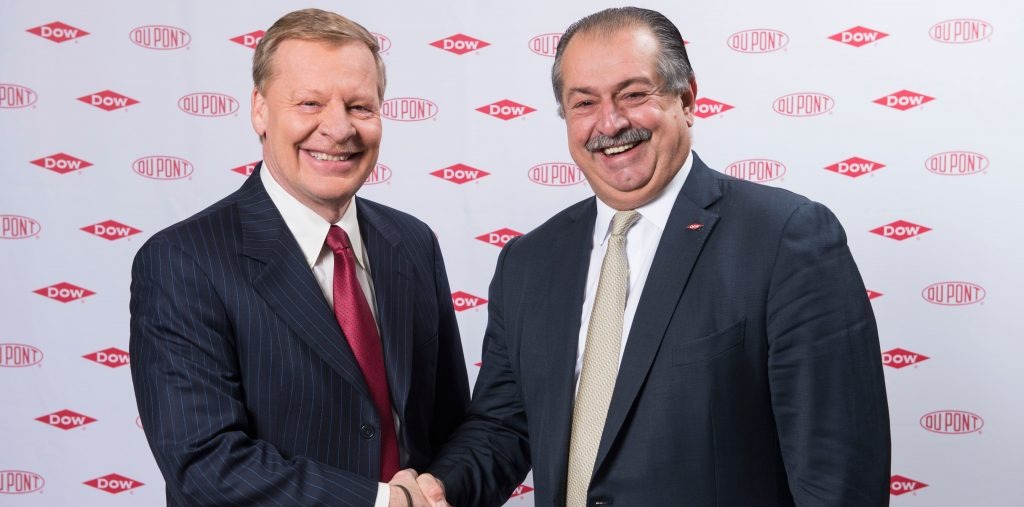 Dupont CEO Edward Breen with Dow CEO Andrew Liveris. Photo via Dow.