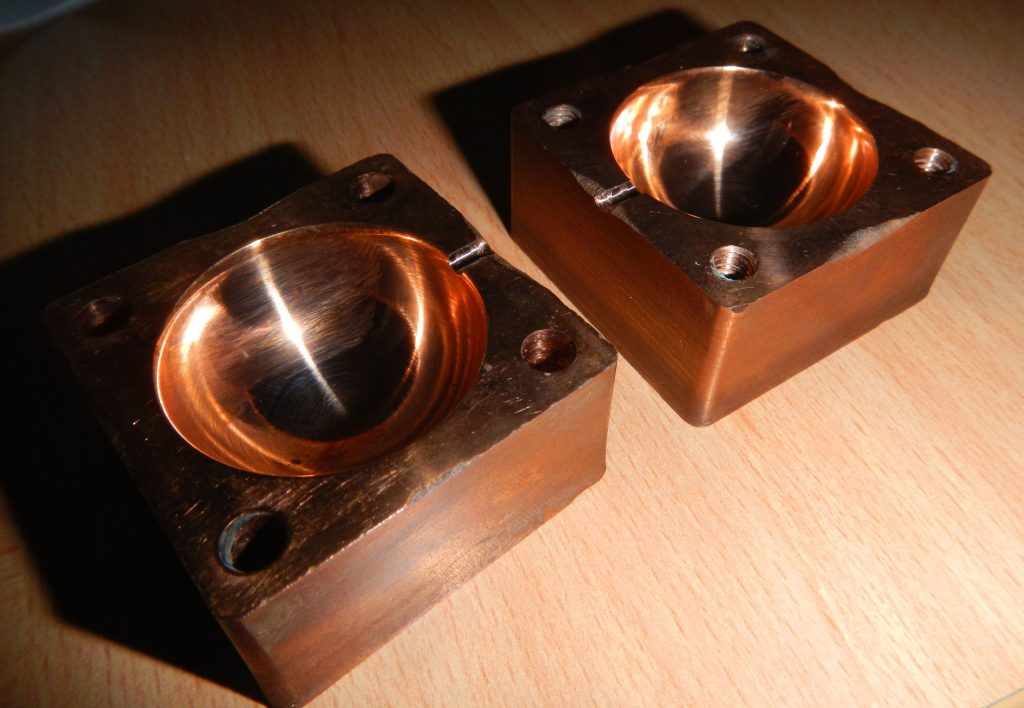 Copper mold providing increasing cooling capacity and higher throughput. Photo via Spee3D.