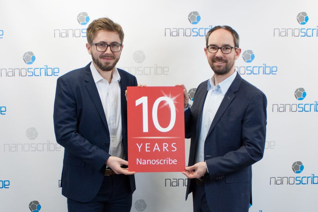 10 Years of Nanoscribe: The co-founders of Nanoscribe Dr. Michael Thiel (CSO) and Martin Hermatschweiler (CEO) manage the operational business of Nanoscribe (left to right). Photo via Nanoscribe