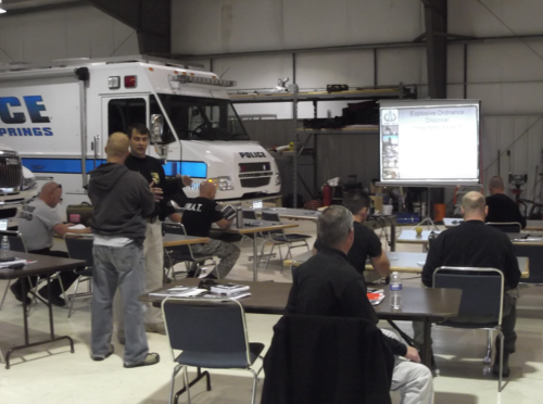 Training at WMDTech. Photo via WMDTech.