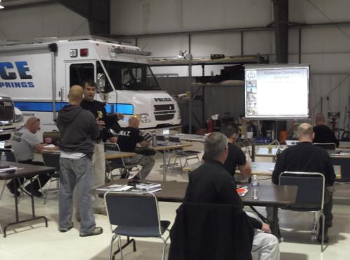 Training at WMDTech. Photo via WMDTech.