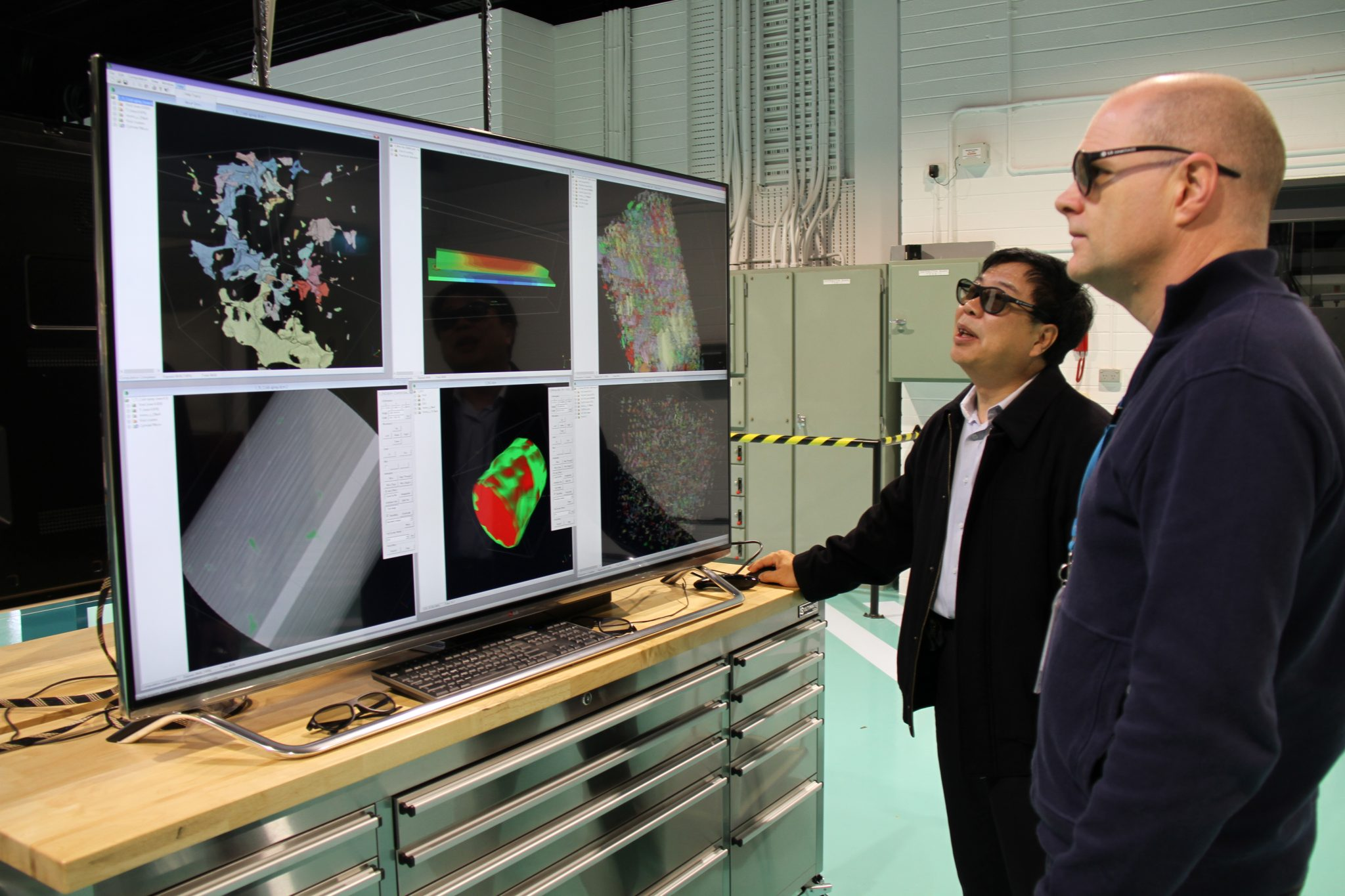 Analysis of 3D printed components at CSIRO's Lab 22. Photo via CSIRO.