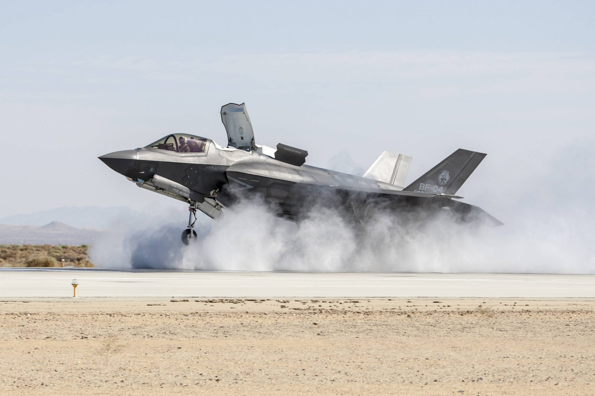 lockheed martin case study The world's first truly international, integrated digital environment (ide) supports the design, manufacture and sustainment of the joint strike fighter f-35 aircraft.