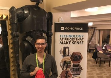 The Monoprice booth at CES 2018, featuring K-2SO from Star Wars Rogue One, and creator Yasu Tano. Featured image via Monoprice.