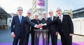 From left: Dr. Claus Rettig, Chairman of the Board of Management of Evonik Resource Efficiency GmbH, Dr. Ralf Düssel, Head of the High Performance Polymers Business Line of Evonik, Werner Arndt, Mayor of the City of Marl, Dr. Jörg Harren, Site Manager Chemiepark Marl of Evonik Technology & Infrastructure GmbH, Dr. Harald Schwager, Deputy Chairman of the Executive Board of the Evonik Industries AG, Dr. Matthias Kottenhahn, Head of Strategy & Projects of Evonik Nutrition & Care GmbH. Photo via Evonik.