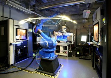 Robotic arm used in the Keck Center's Multi3D System. Photo via UTEP/Keck