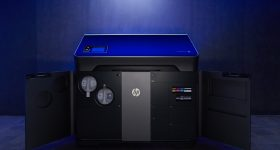 HP Jet Fusion 300/500 series 3D printer. Image via HP