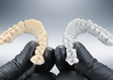New E-OrthoShape resin for 3D printing models for thermoforming clear aligners. Photo via EnvisionTEC.