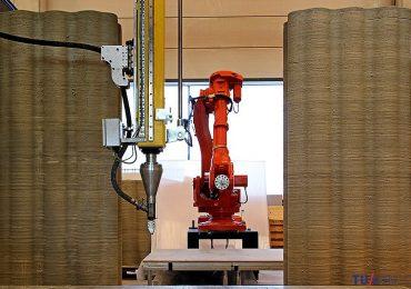 TU Eindhoven's robot controlled concrete 3D Printer. Photo via TU Eindoven.