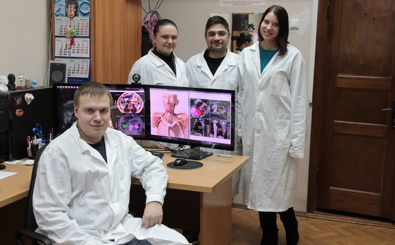 Team at the Tomsk Cancer Research Institute. Photo via Tomsk Polytechnic University