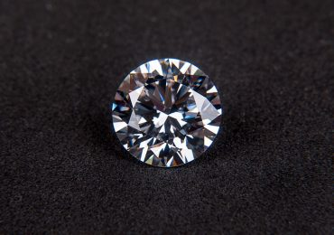 A diamond gem. Photo via Pixabay