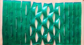 The kirigami film stretches to remain adhesion. Photo via MIT Department of Mechanical Engineering.