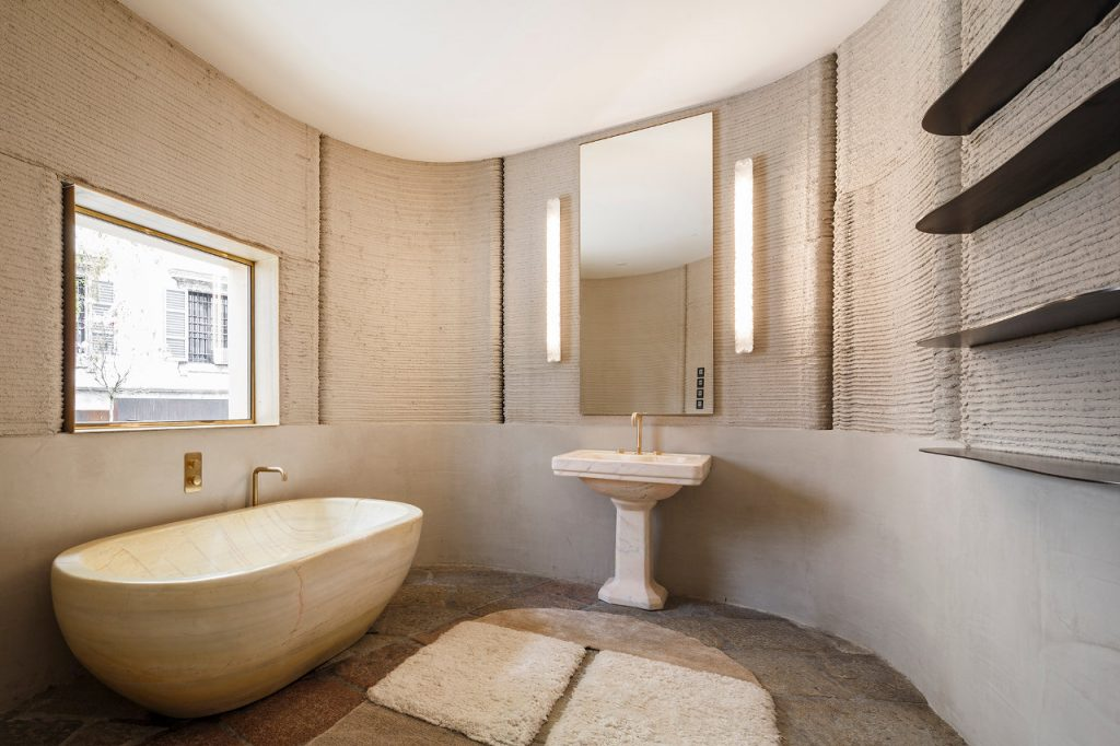 Bathroom inside 3D HOUSING 05. Photo via CLS Architetti