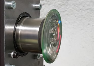 Spinning light sensors on an accelerometer. Photo via VTT Technical Research Centre of Finland.