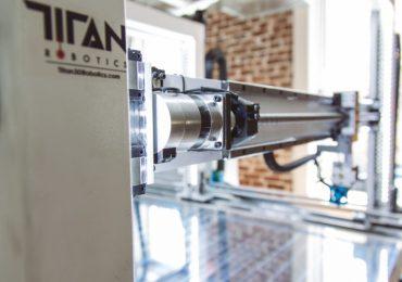 Titan Robotics gantry in the Cronus 3D printer. Photo via Titan Robotics