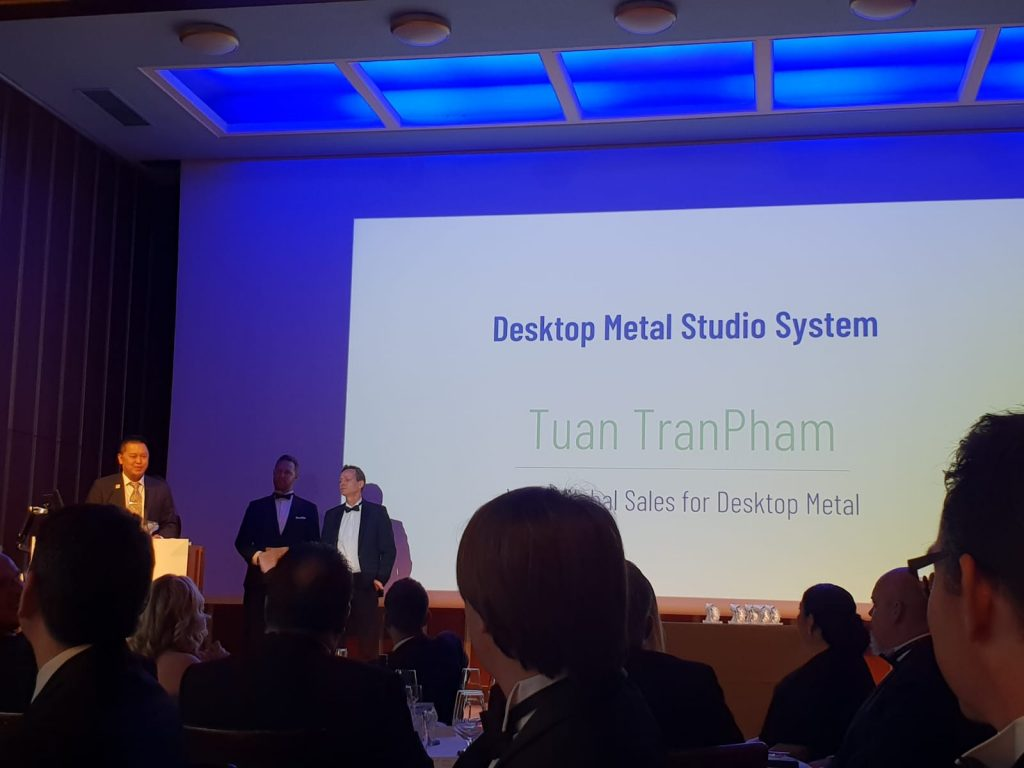 Tuan TranPham, VP of Global Sales for Desktop Metal collected the 2018 3D Printing Industry award.