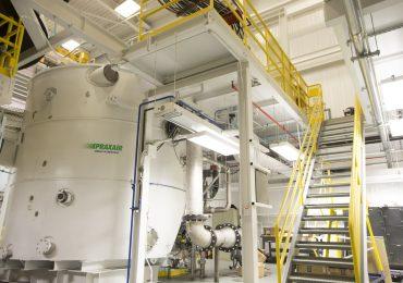 Praxair induction melt argon gas atomization metal powder processing equipment. Photo via Praxair.