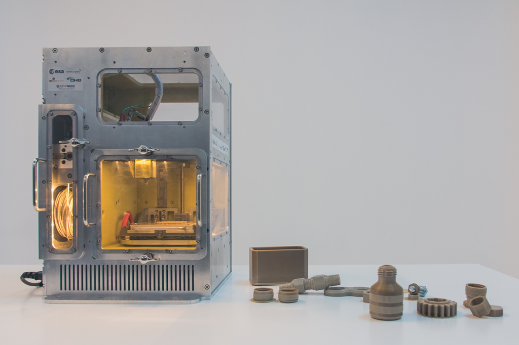 ESA's Microgravity 3D printer. Photo via BEEVERYCREATIVE