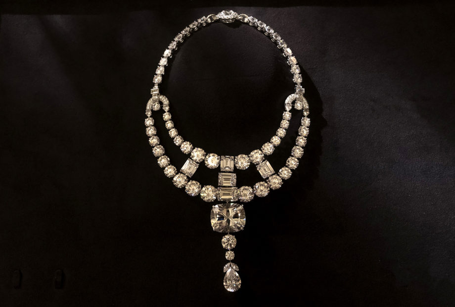 A replica diamond necklace as used in the Ocean's 8 film. Photo via 2018 Warner Bros. Entertainment Inc./Cartier