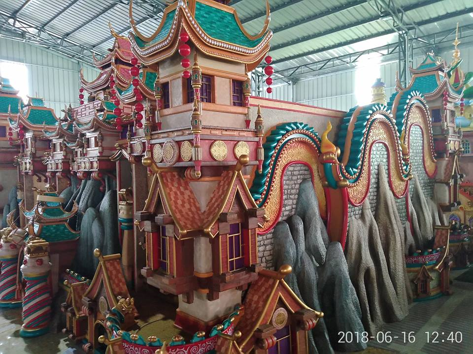 A castle 3D printed and painted for the Evergrande Fairyland project. Photo via Kings 3D