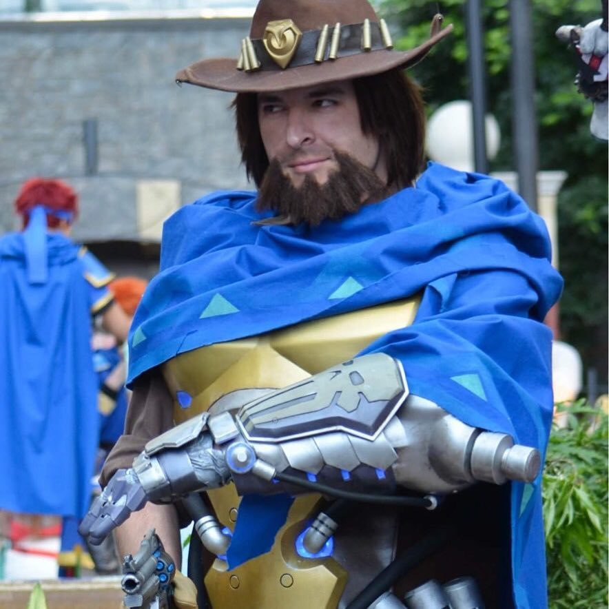 3D printed costume of Mccree Overwatch via facebook @Robo3dPrinter