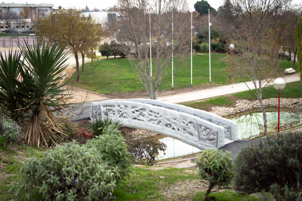 ACCIONA & IAAC's 3D printed bridge in Alcobendas, Madrid. Photo via IAAC