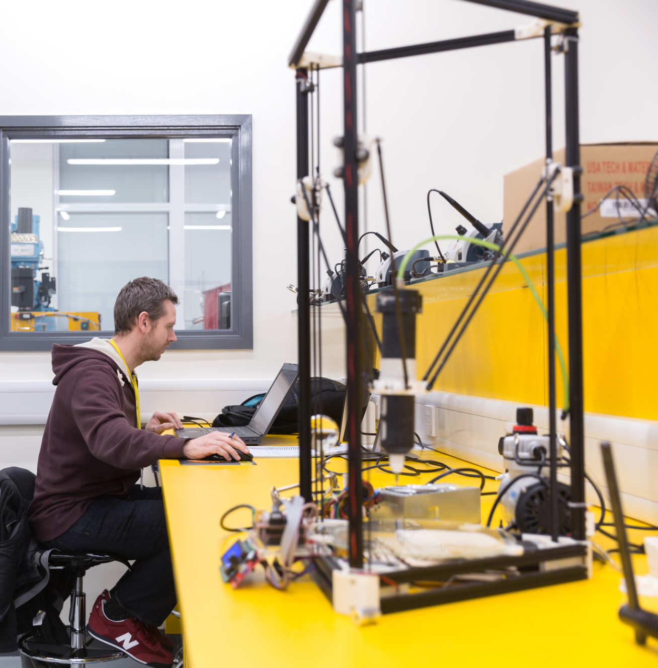 Ceramic 3D printer in the Hackspace at White City. Photo via Imperial College London.