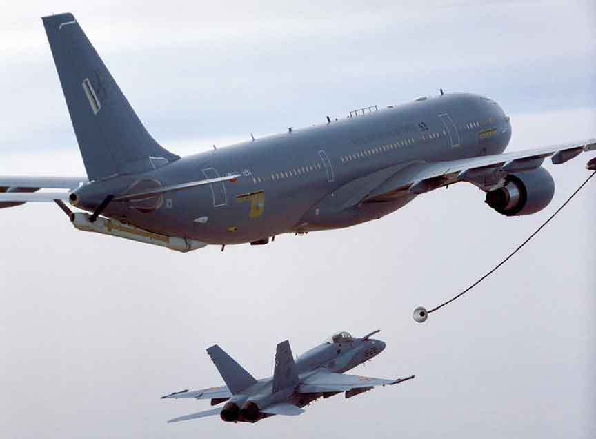 Airbus A330 MRTT tankers refuelling other aircrafts. Photo via the Indian Defence Review.