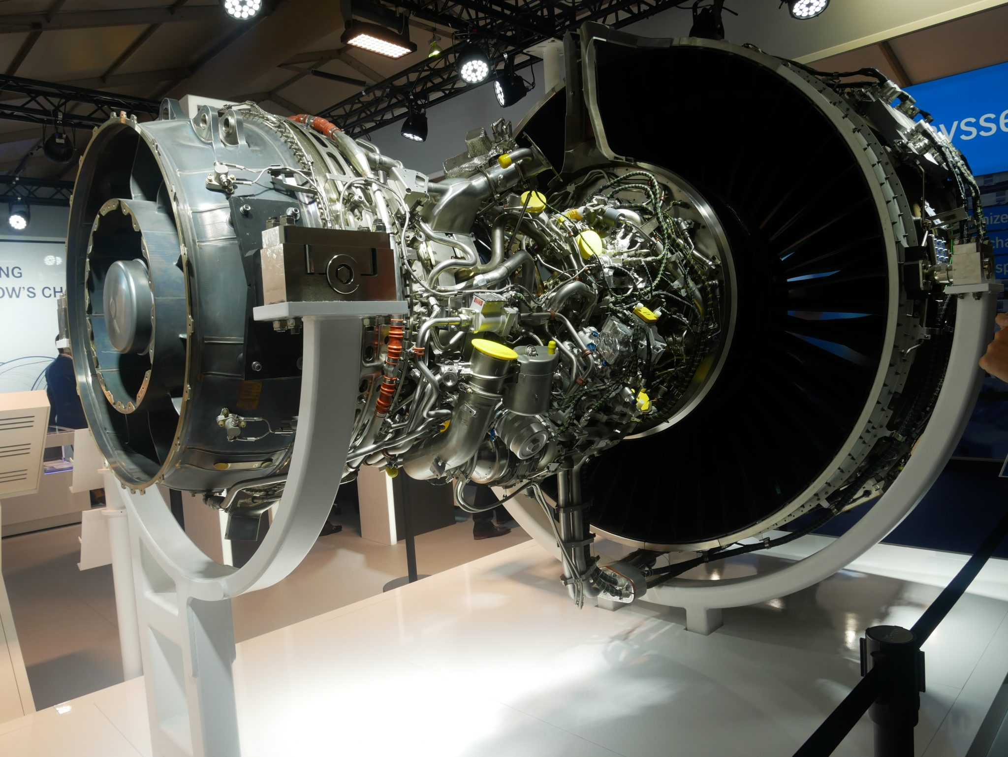 The Pratt & Whitney Geared Turbofan PW1000G aircraft engine, complete with additively manufactured components. Photo via Tia Vialva.