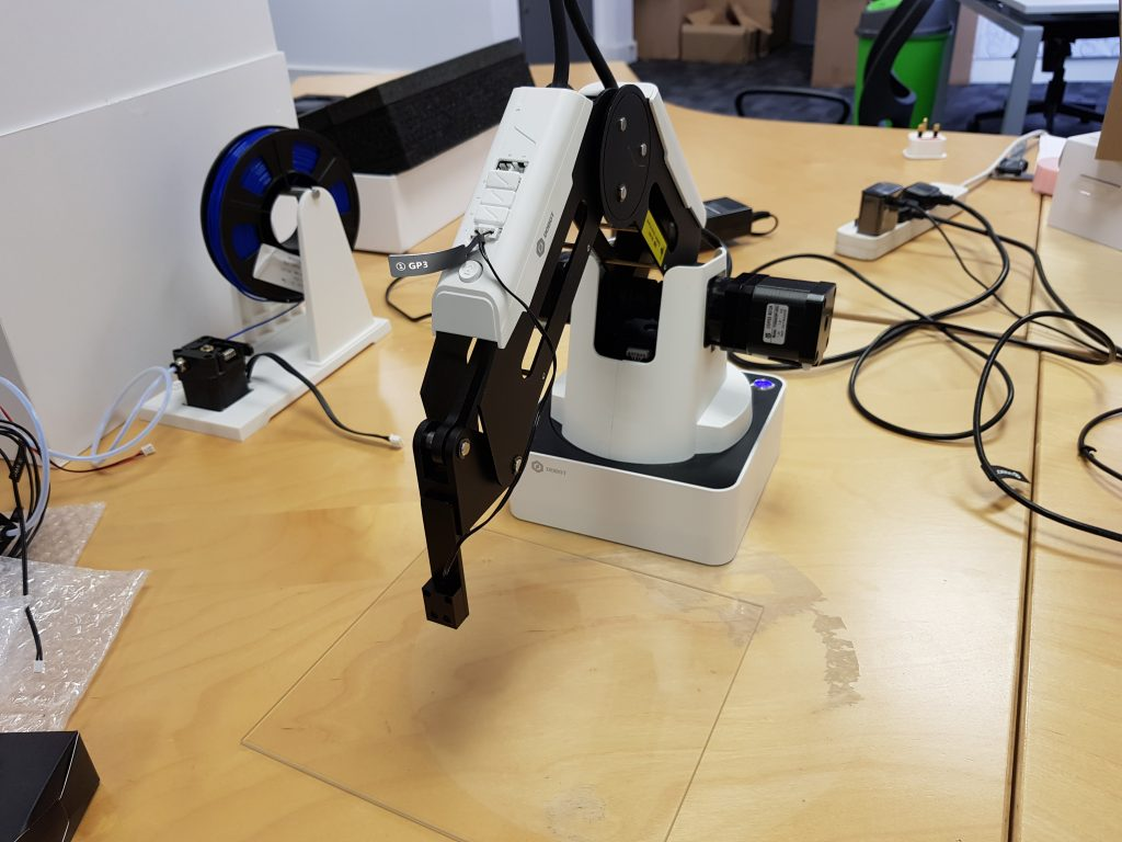 The robot arm after setup. Photo by 3D Printing Industry