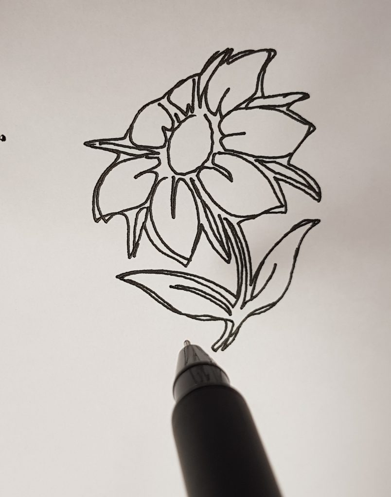 Flower drawing by the DOBOT Magician. Photo via 3D Printing Industry