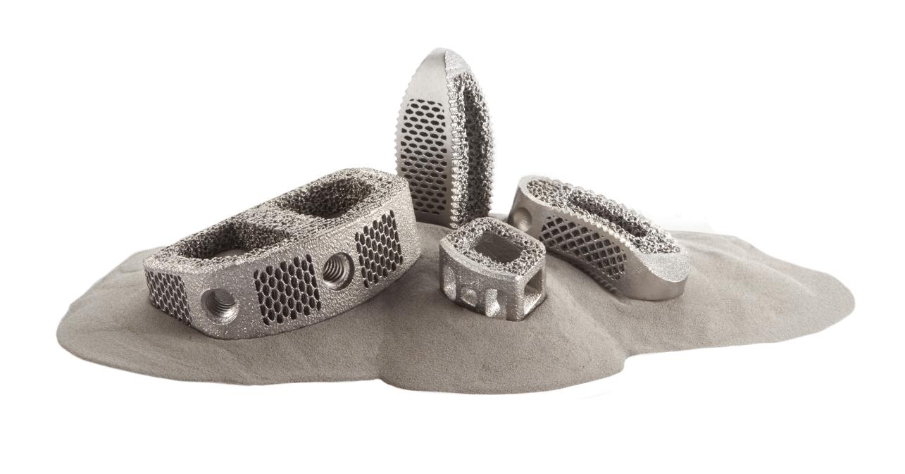 3D printed Foundation Anterior Lumbar (ALIF) Interbody device. Image via CoreLink.