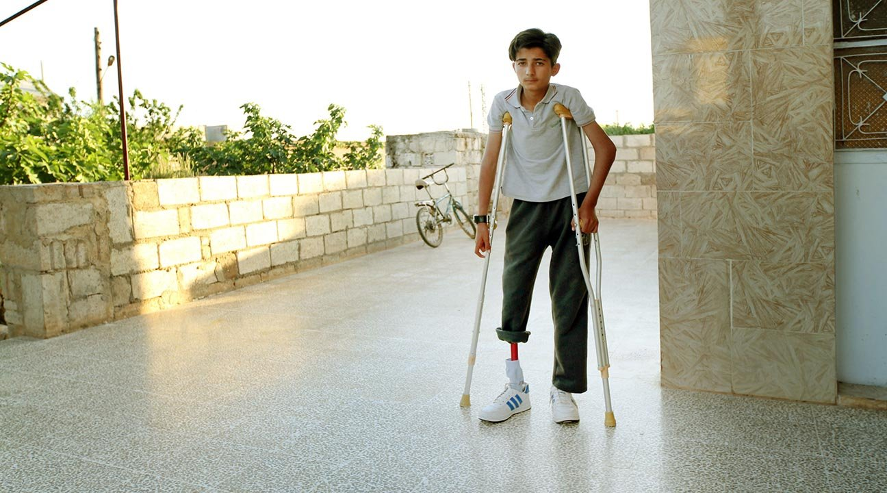 Syria Relief runs the National Syrian Project for Prosthetic Limbs in Syria. Photo via Syria Relief